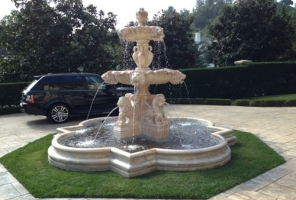 F-3 Lion Fountain