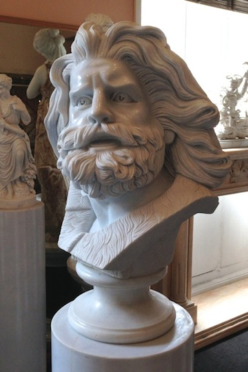 BT-11 Bust of Zeus