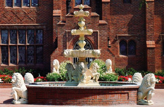 F-30 Lion Fountain sculpture design imports