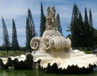 St. Regis Princeville sculpture design imports netune fountain